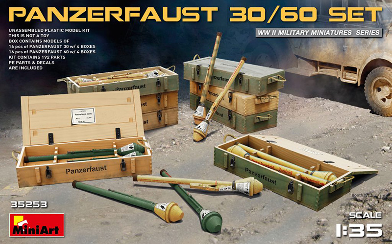 MiniArt 1/35 WWII Panzerfaust 30/60 Infantry Weapons W/Ammo Boxes