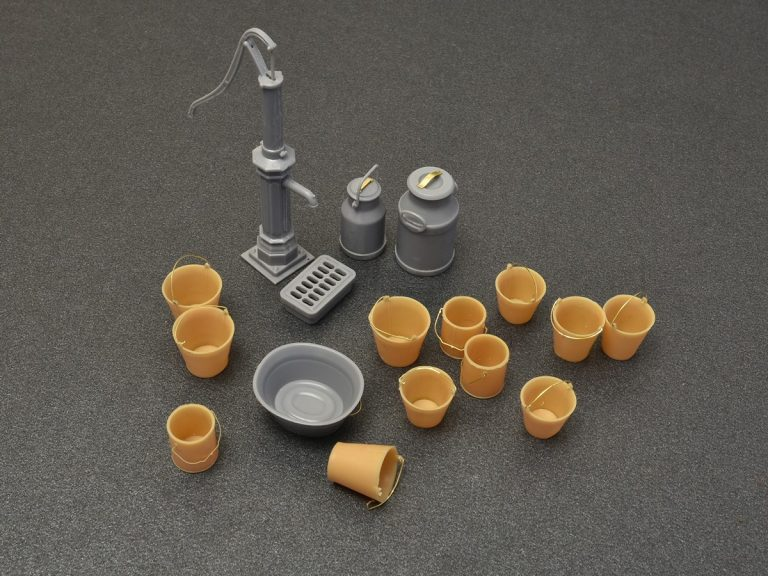 Miniart Building And Accessories 1/35 Water Pump Set unpainted