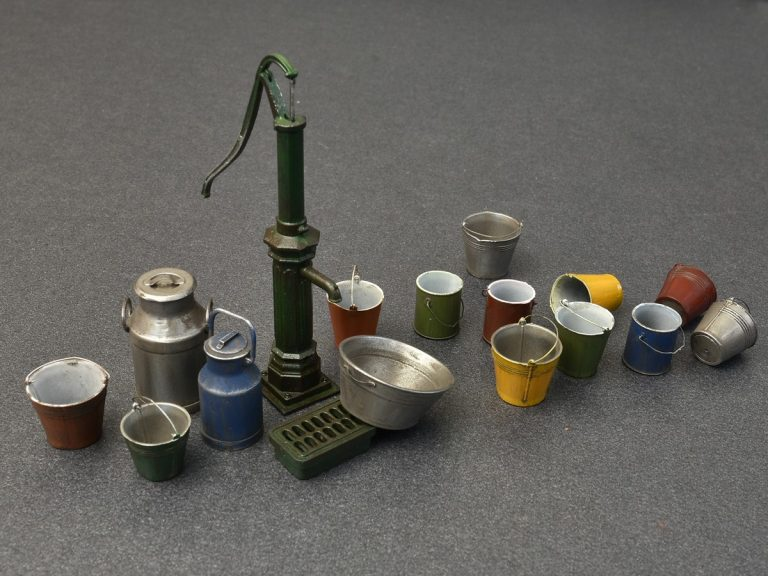 Miniart Building And Accessories 1/35 Water Pump Set painted